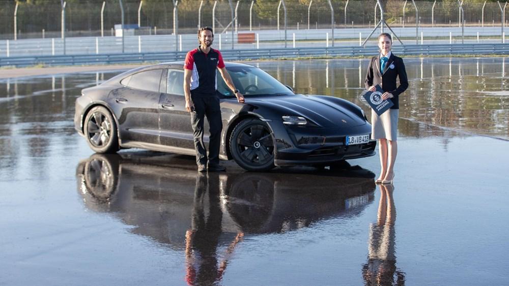 Porsche Taycan, Guinness Rekorlar Kitabı'na girdi - 4
