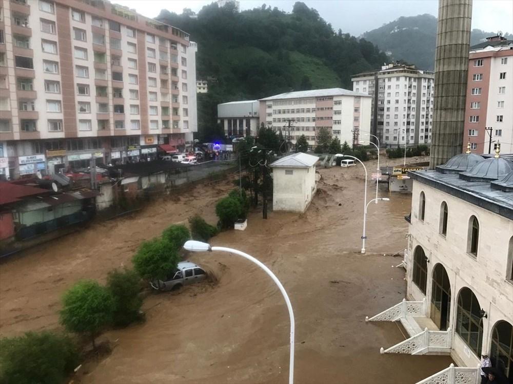 Şiddetli yağış Rize'yi de vurdu: 2 can kaybı - 20