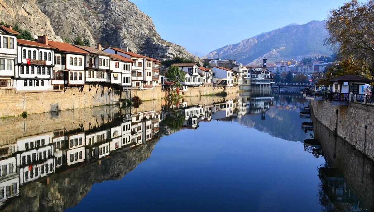 'Şehzadeler şehri' Amasya tarih kokan otantik sokaklarıyla ziyaretçilerini bekliyor