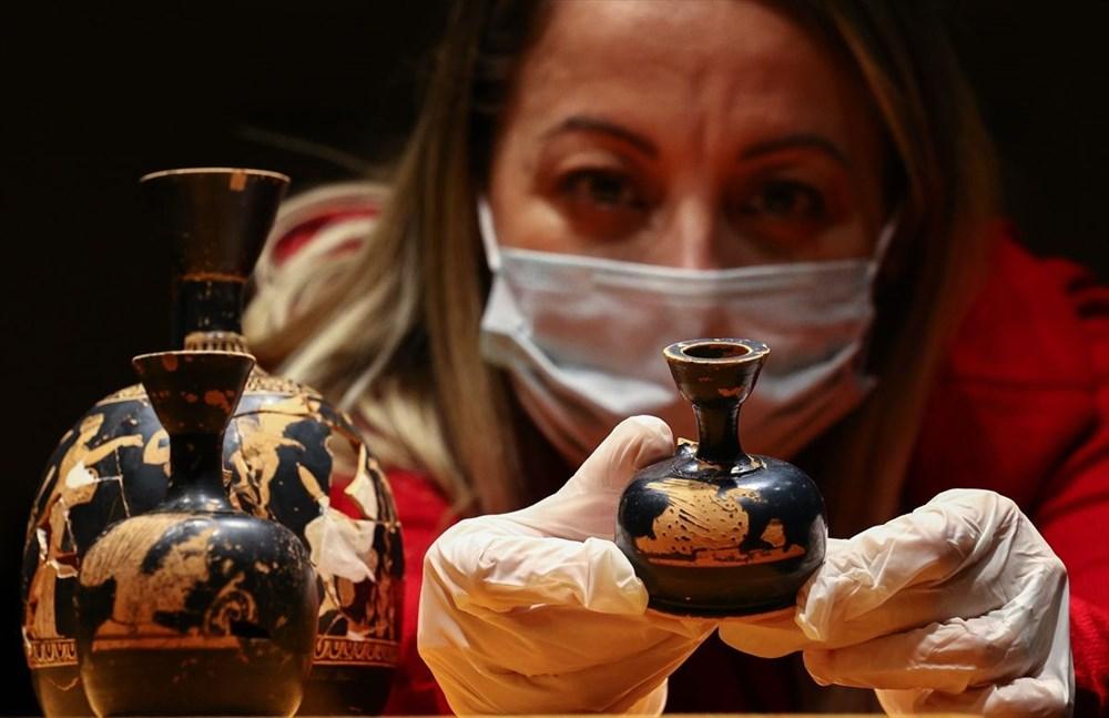 Tarihi 'parfüm şişeleri' ilk kez sergileniyor - 4