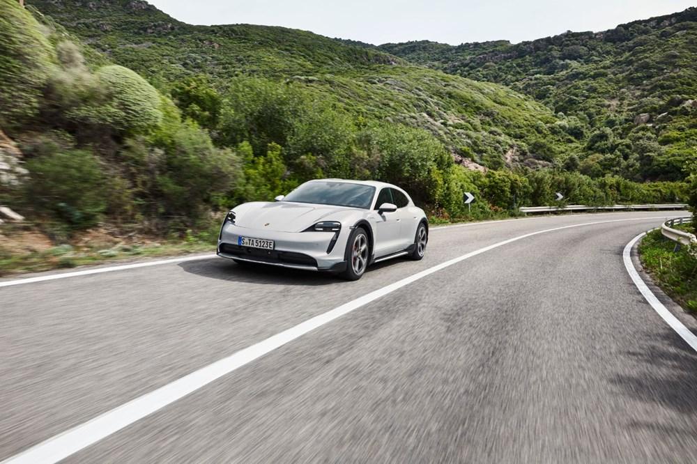 Porsche'den, elektrikli otomobil konseptine yeni boyut: Taycan Cross Turismo tanıtıldı - 10