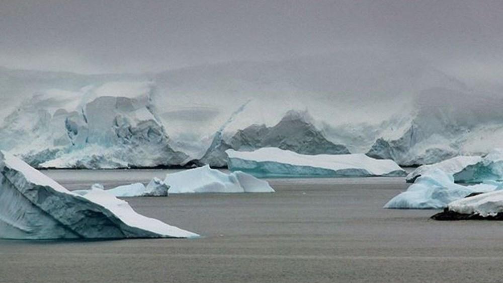 Antartika'da dev buz kütlesi buz sahanlığından koptu - 9