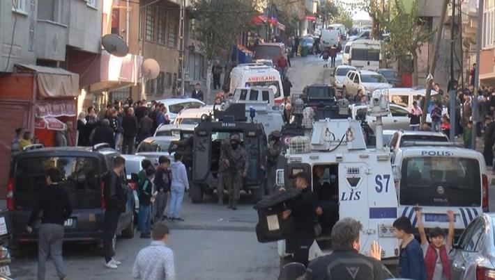 Cezaevi firarisi polis baskınında annesini yaraladı