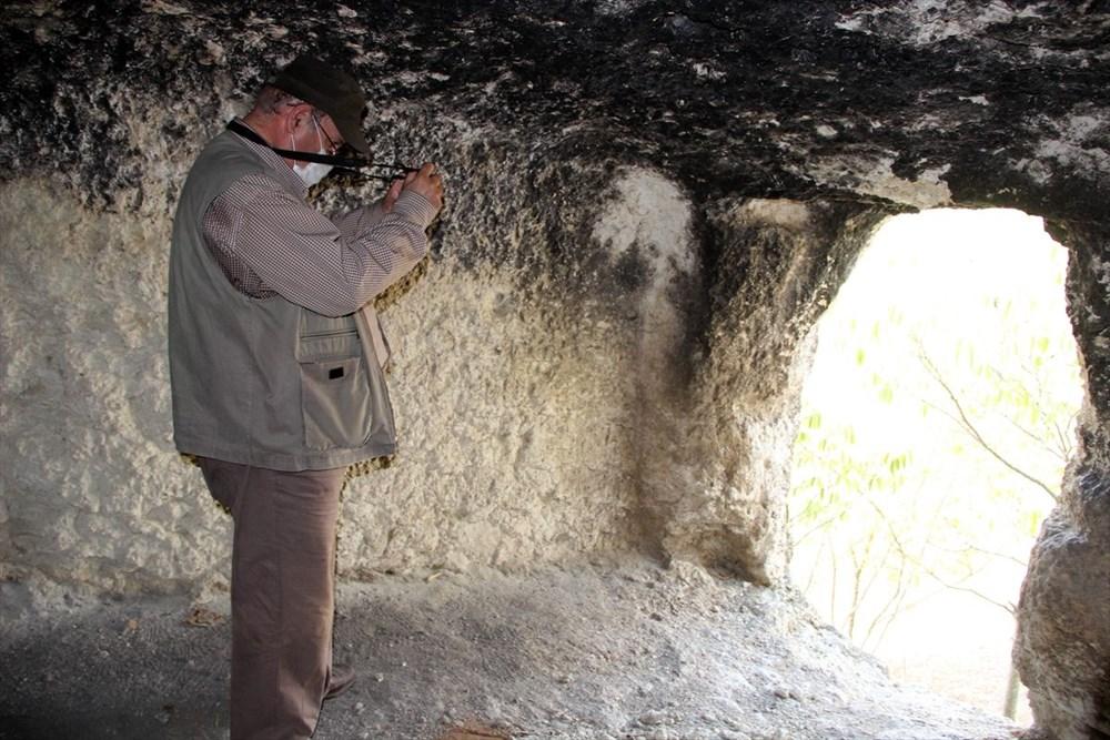 """Traklara ait tarihi kaya sunağında""""güneş diski"""" bulundu - 5"""