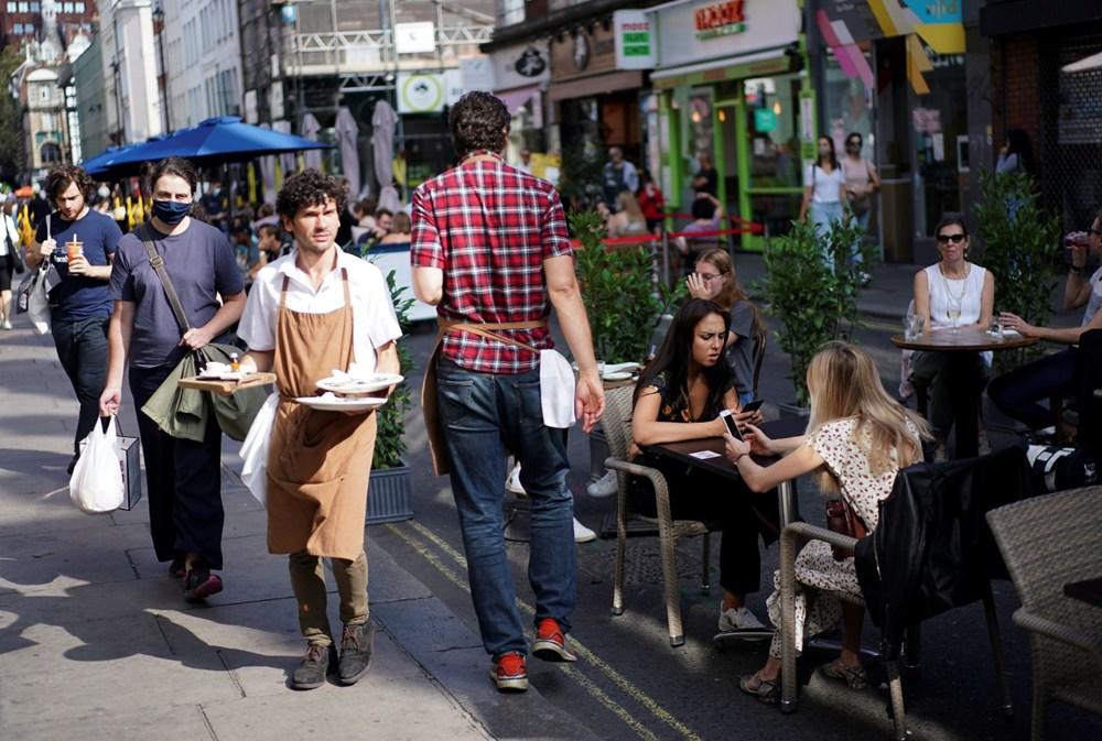 İngiltere'de ek virüs tedbirleri: Bar ve restoranlara saat kısıtlaması - 4