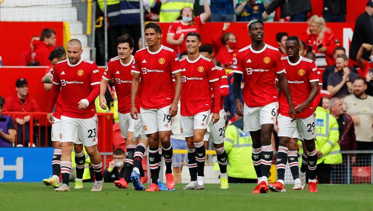 Cristiano Ronaldo, Manchester United'a gollerle döndü