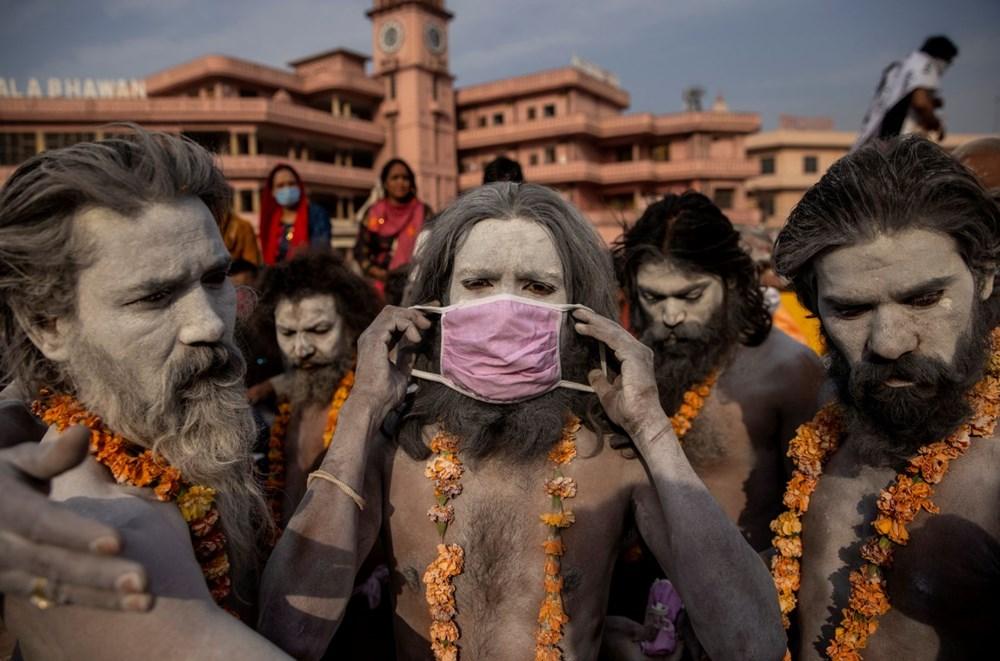 Hacılar Ganj Nehri'nde yıkandı: Hindistan'da günlük vaka sayısı rekor kırdı - 13