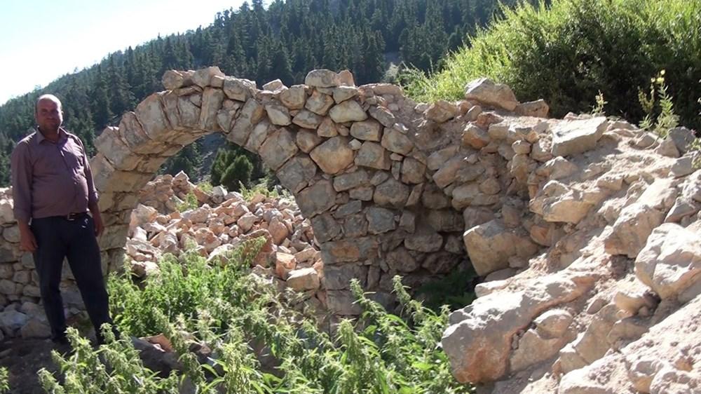 Tarihi Nodar Han ve hana ait kemerli kuyu define avcıları tarafından talan edildi - 3