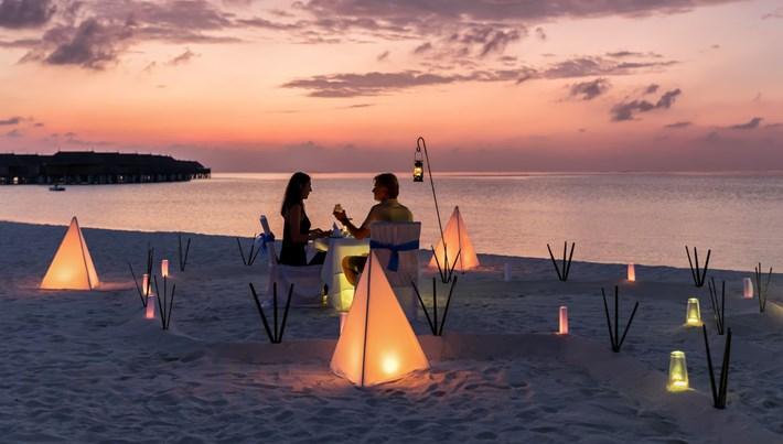 Evlenme teklifi yapılabilecek en güzel yerleri bulanlara 10 bin dolar