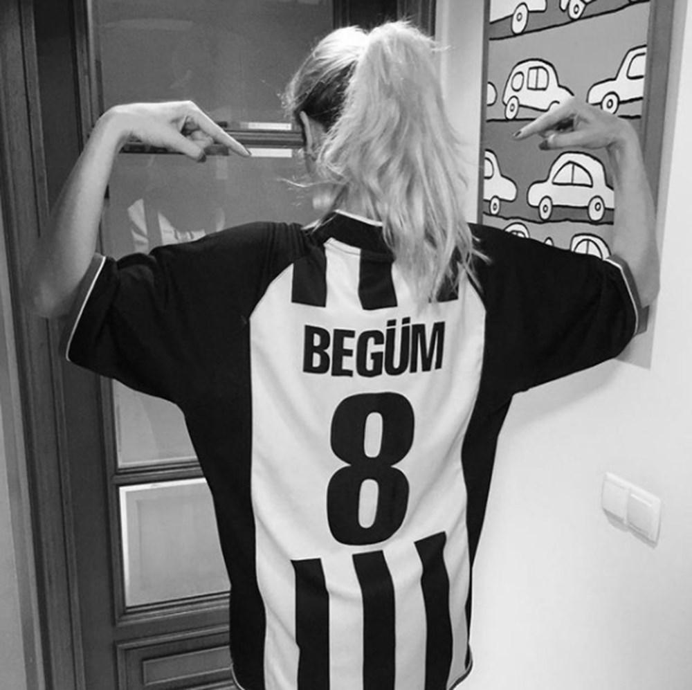 Ünlülerden Beşiktaş'ın şampiyonluk paylaşımları - 16