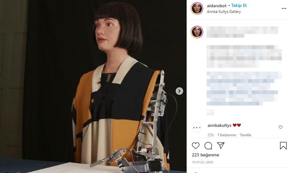 Robot Ai-Da'dan otoportre sergisi - 7