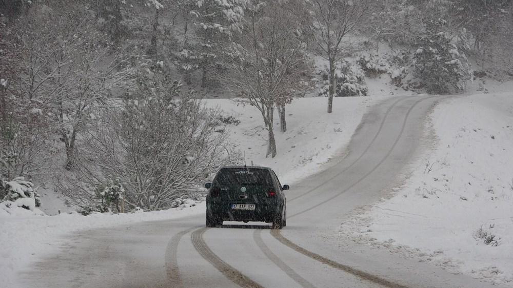Yurtta kar yağışı (İzmir'in yüksek kesimlerinde kar yağışı etkili oluyor) - 19
