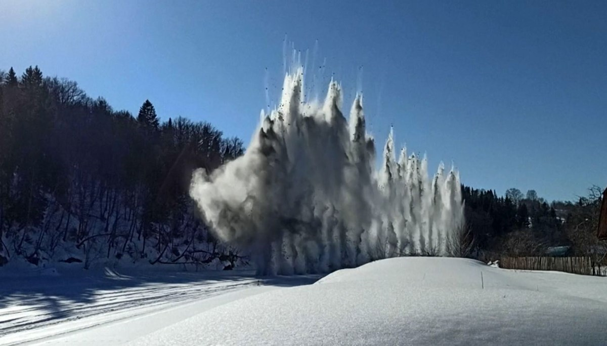 Ice is being exploded in Russia