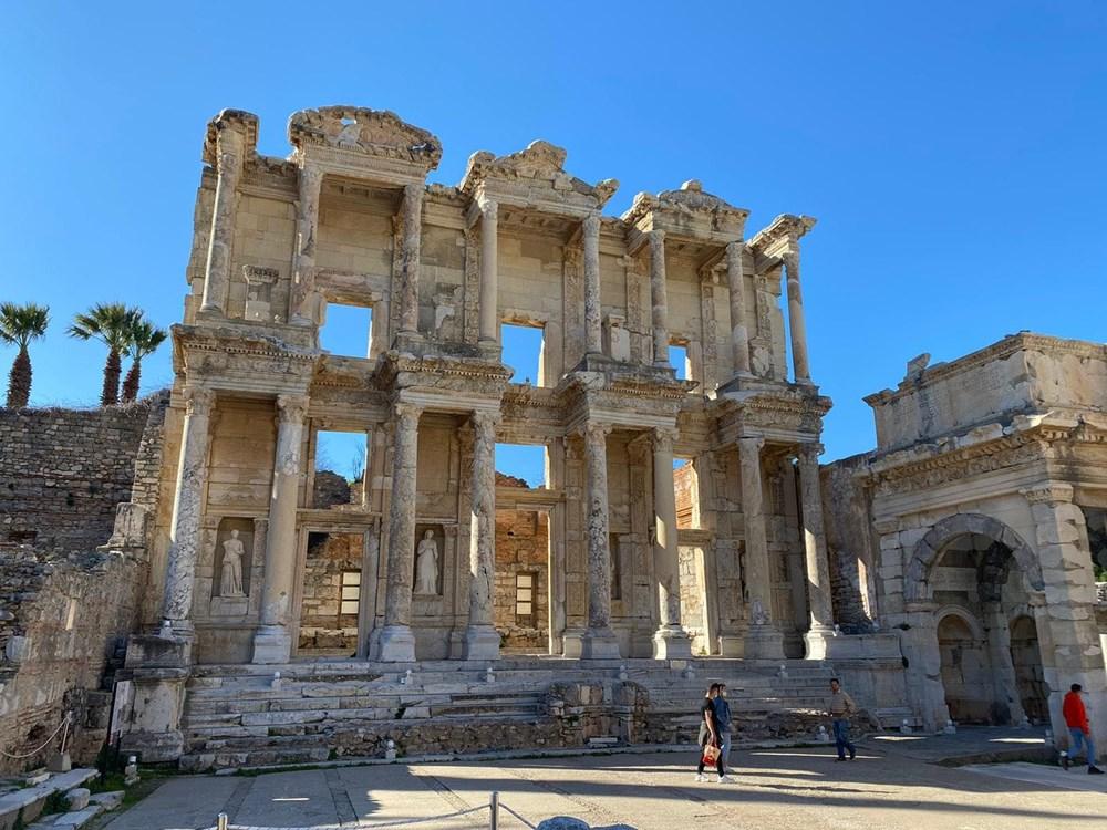 Efes Antik Kenti, pandemi döneminde de güvenli turizmin adresi oldu - 20