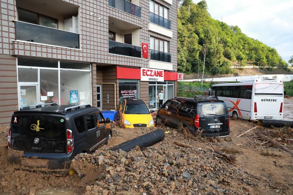 Rize'de sel ve heyelan afetinin hasarı gün ağarınca ortaya çıktı - 25