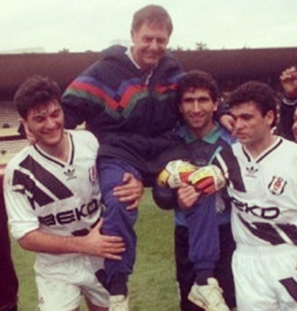 Efsane hoca İngiliz Gordon Milne, Beşiktaş'ı 3 sene üstü üste şampiyon yapmıştı.