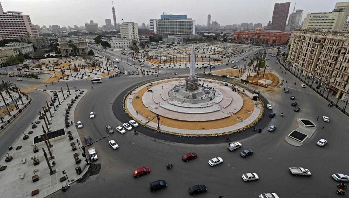 Bağdat'ta gösterilerin merkezi Tahrir Meydanı trafiğe açıldı