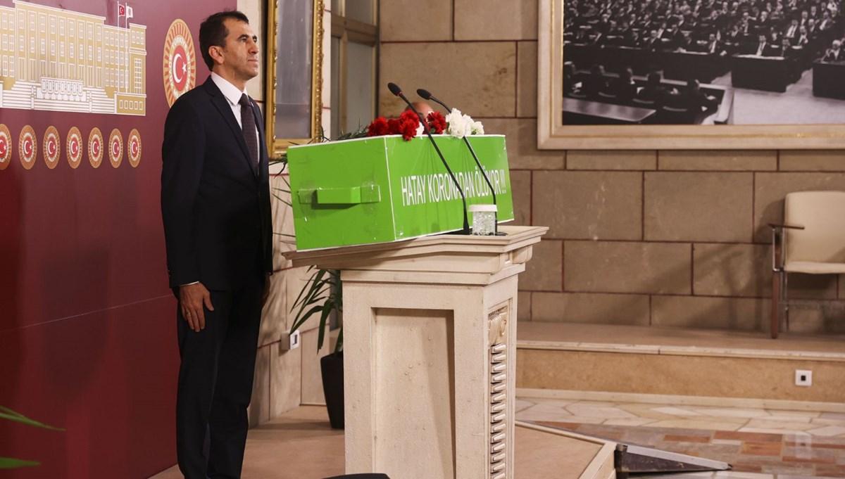 Meclis'te tabutlu basın toplantısı