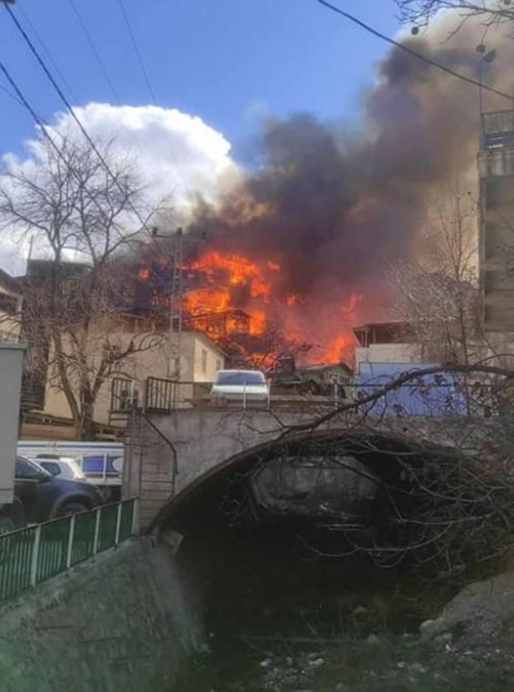 Artvin'deki yangın kontrol altında - 7