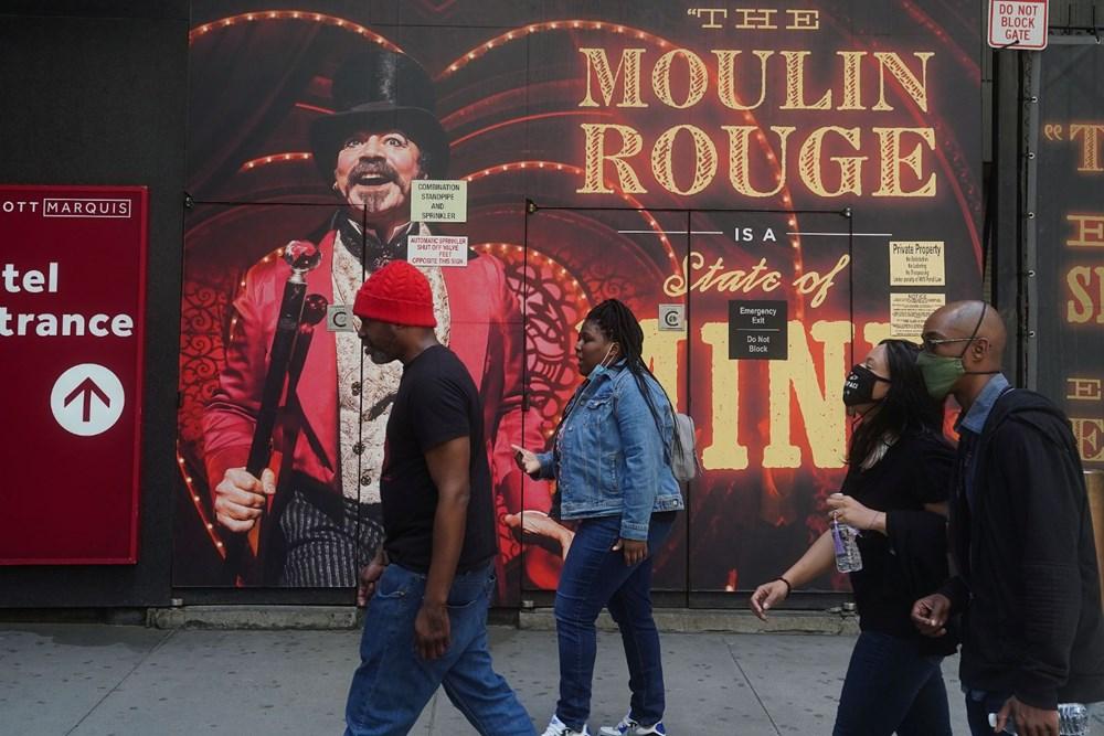 New York 14 ayın ardından normale döndü: Sosyal mesafe ve maske kaldırıldı, işletmeler tam kapasiteyle açıldı - 2