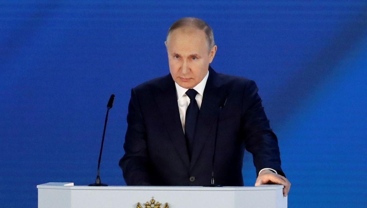 Rusya Devlet Başkanı Putin, Covid-19 şüphesiyle kendini karantinaya aldı