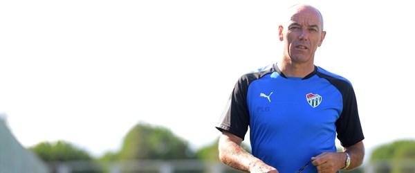 Bursaspor teknik direktörü Le Guen hastaneye kaldırıldı