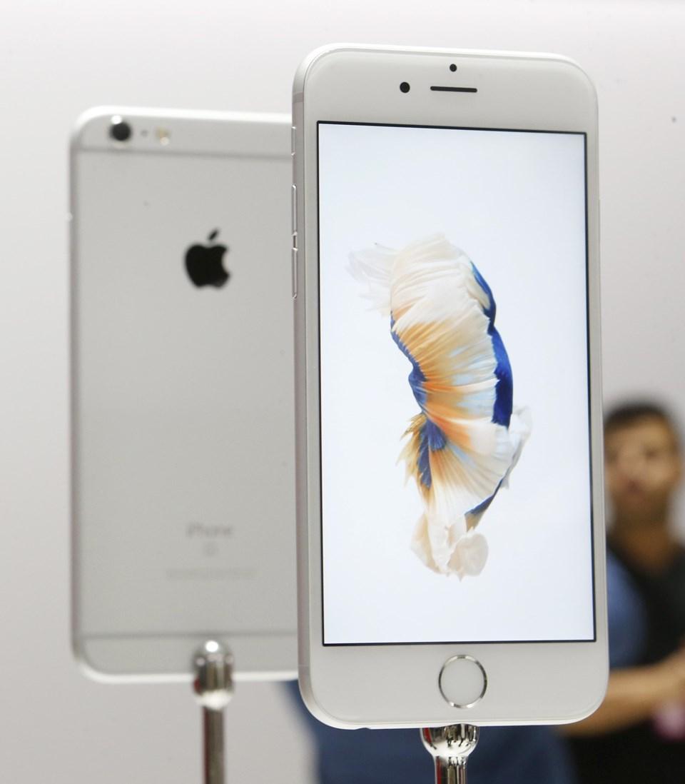 202 gram ağırlığındakiiPhone8 Plus ülkemizde 4 bin 799 TL'den başlayan fiyatlar ile satışa sunuldu.