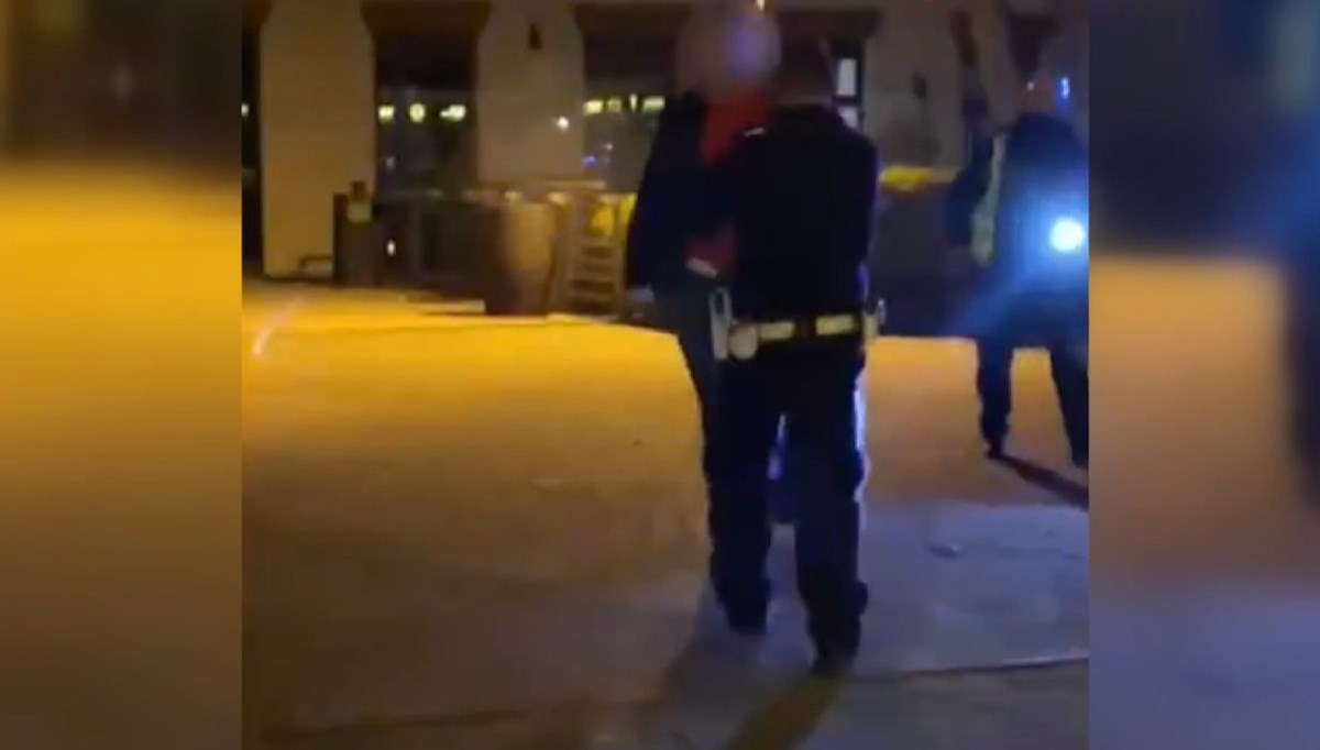 Police shot the assailant walking on him with a broken bottle in the leg