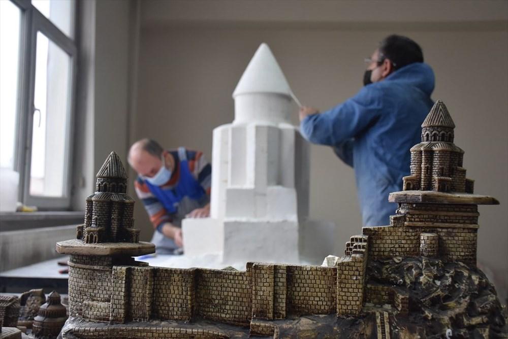 Kars'ın asırlık abide yapıları minyatüre dönüştü - 5