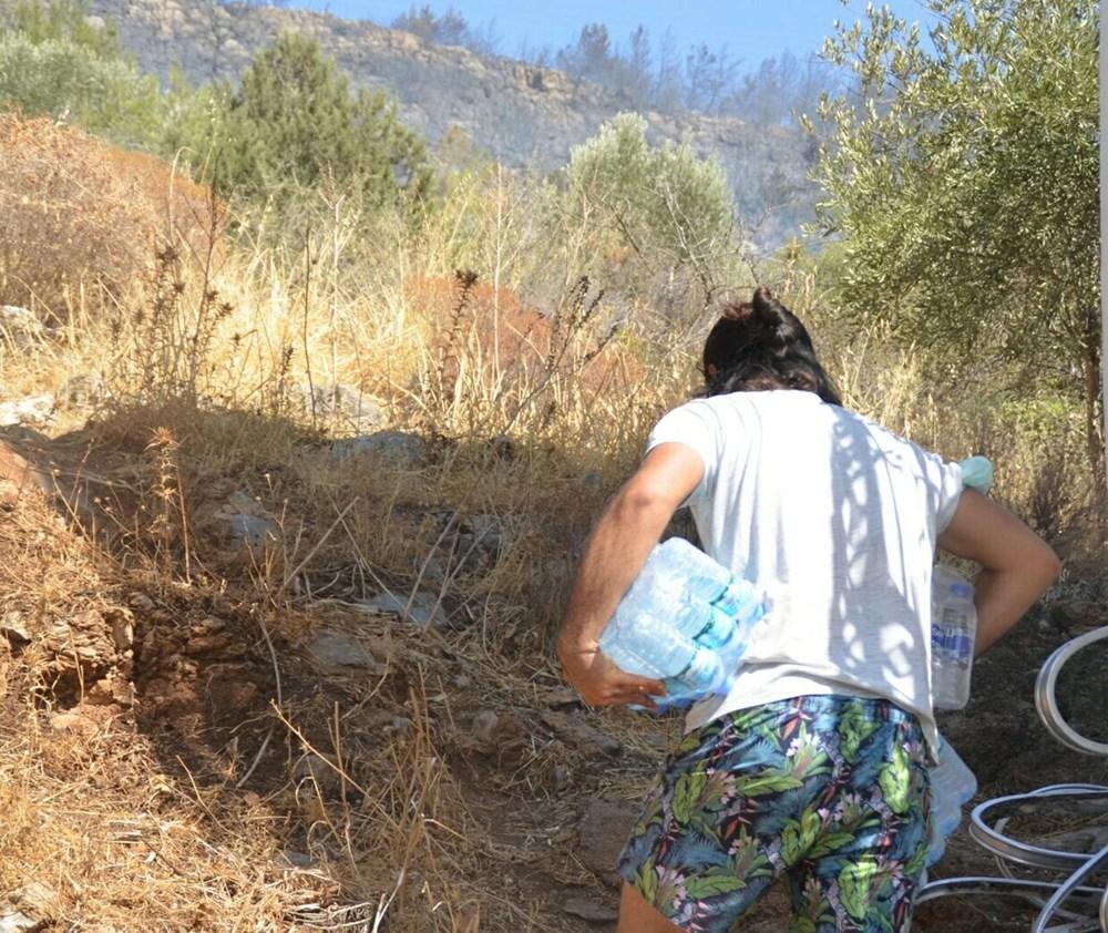 Halk alevlere karşı tek yürek: Kimi pet şişelerle su taşıyor, kimi ilk yardım malzemesi götürüyor - 2