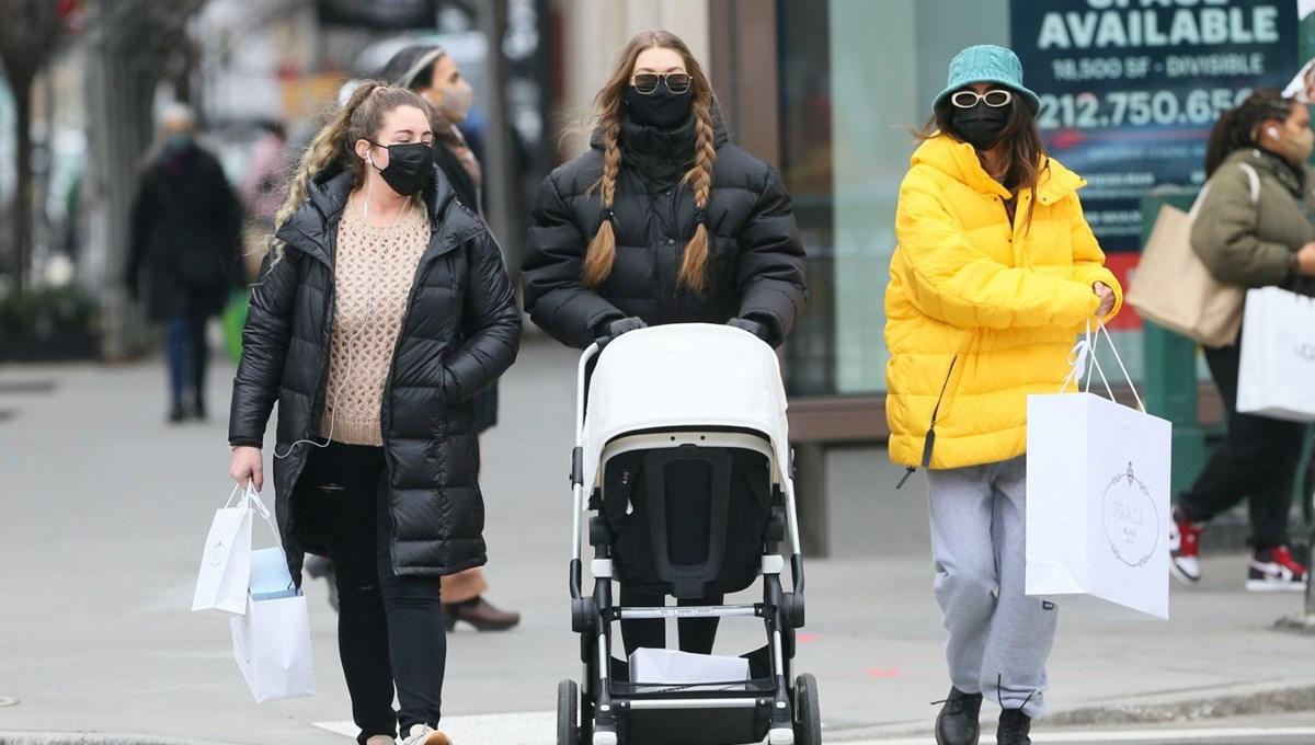 Gigi Hadid'den kızı Khai'ye nazar boncuğu