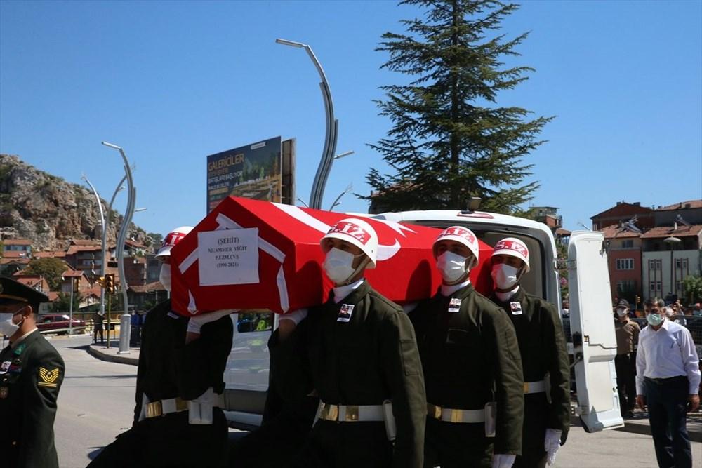 Martir Muammer Yiğit mengucapkan selamat tinggal pada perjalanan terakhirnya di Tokat - 3