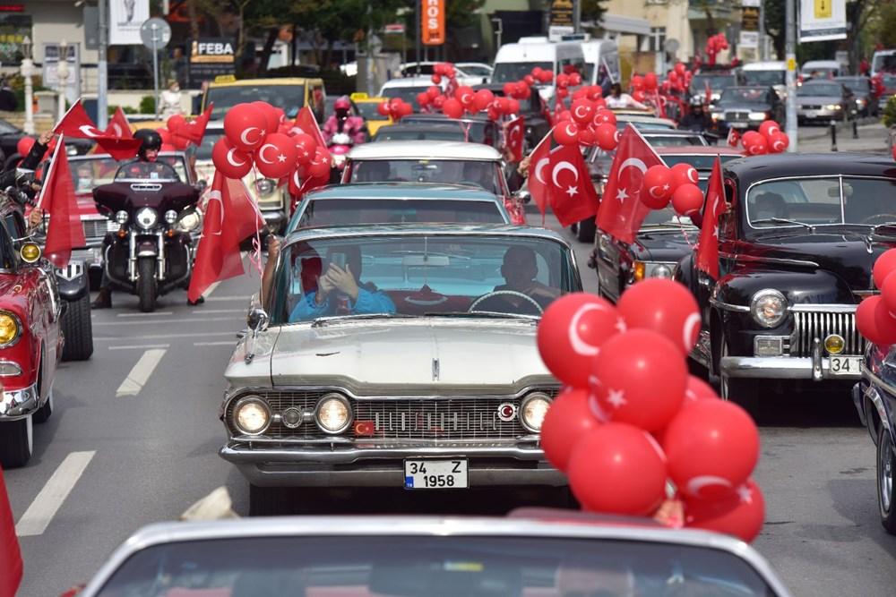 Kadıköy'de klasik otomobillerden Cumhuriyet Konvoyu - 7