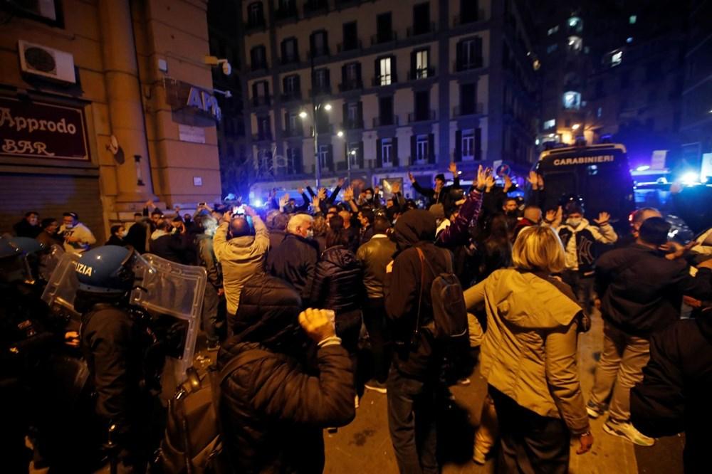 İtalya'nın Napoli kentinde sokağa çıkma yasağı olaylı başladı - 9