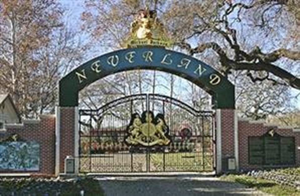 Neverland'de 2003 yılında 100 milyon değer biçildi.