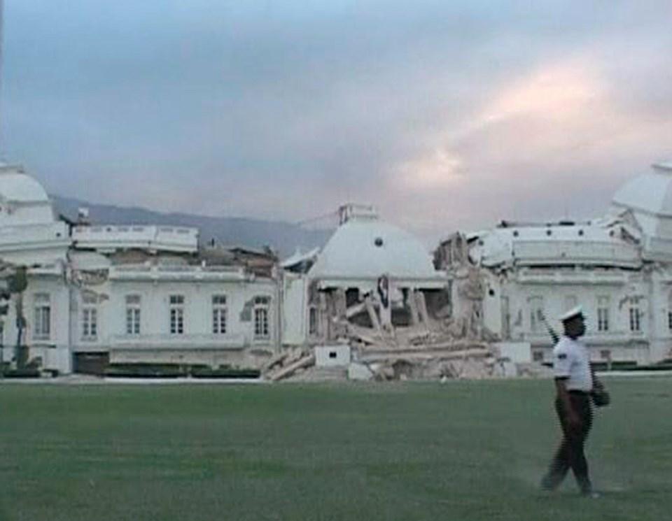 Haiti'nin depremde yıkılan cumhurbaşkanlık sarayı