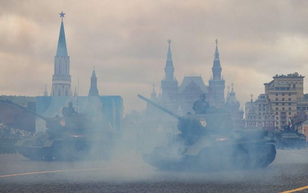Rusya'da Zafer Günü kutlamaları: Moskova'da askeri geçit töreni - 3