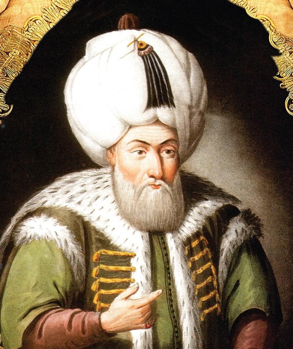 """II. Bayezid'in hat hocalığını da yapan Şeyh Hamdullah'ın yaklaşık 500 yıl önce yazdığı """"Mushaf-ı Şerif"""", Türkiye'deki en değerli el yazması Kur'an-ı Kerimler arasında yer alıyor."""