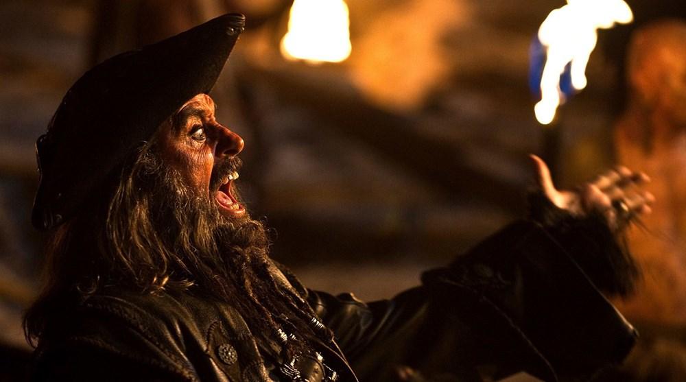 Johnny Depp tahtını Margot Robbie'ye kaptırabilir (Karayip Korsanları hakkında her şey) - 21