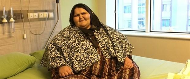 350 kilo olan Halepli kız, çareyi Türkiye'de arıyor.jpg