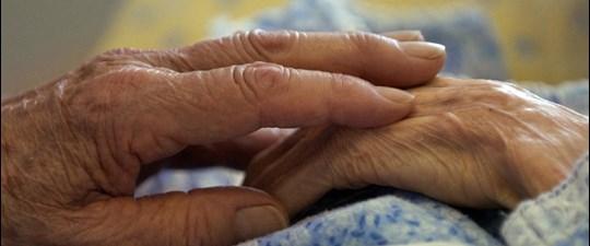 Ağrı kesiciler demans hastalarını 'rahatlatıyor'