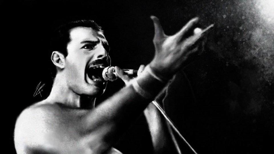 Freddie Mercury de ADIS nedeniyle hayatını kaybetmişti.