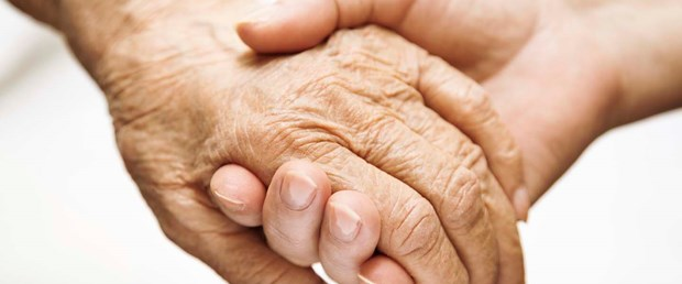 Alzheimer hastalarına E vitamini