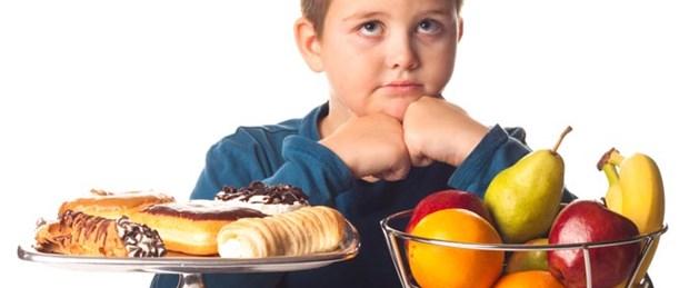 Atıştıran ergen obez oluyor