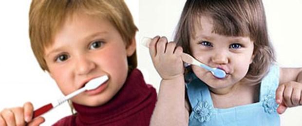 'Bakıma süt dişlerinden başlayın'