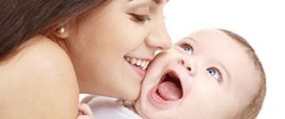 Bebeği öptürmeli mi?