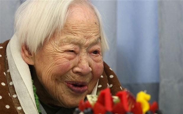 116 yaşındaki Misao Okawa dünyanın en yaşlı kadınları arasında.