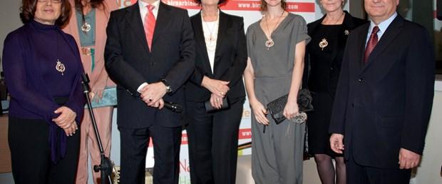 'Bir nar bin hayat'a ünlülerden tam destek