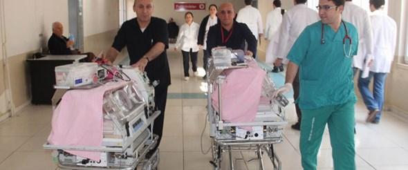 Çift rahimle çift bebek