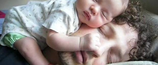 Çocukla uyumak testosteronu düşürüyor
